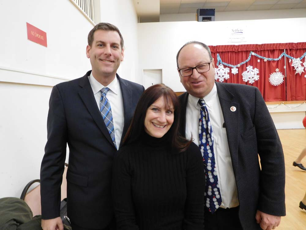 On December 14, 2017, Assemblyman Braunstein attended Dancing Dreams Winter Performance with students from Benjamin N. Cardozo High School at Selfhelp Clearview Senior Center along with Council Member