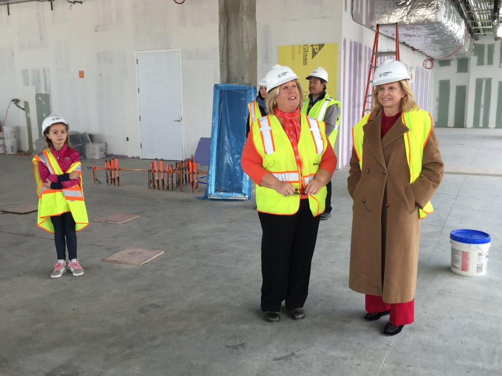 Assembly Member Rebecca Seawright and Congresswoman Carolyn Maloney tour the Roosevelt Island Cornell Tech Construction.<br />