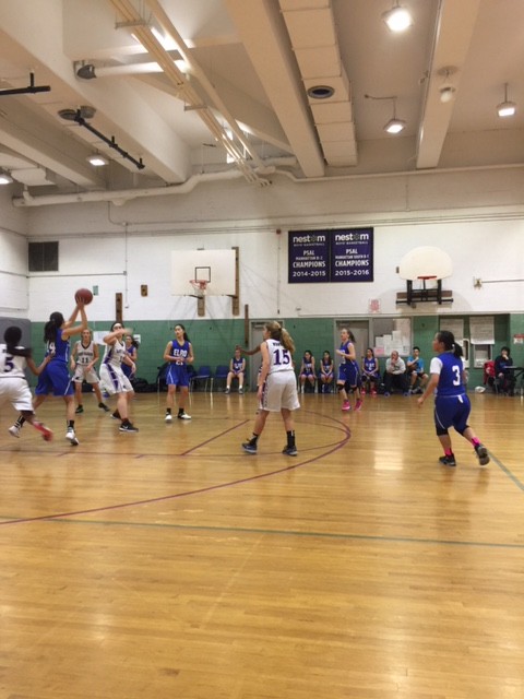Seawright Attends Eleanor Roosevelt High School Basketball Game Against NEST+m.<br />