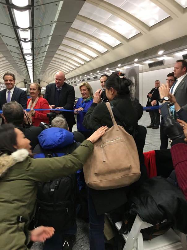 On Friday, December 30, Assembly Member Seawright attended the opening of the 86th Street Second Avenue Subway station with Governor Andrew Cuomo, MTA Chairman Thomas Prendergast and other elected officials.<br /> <br />