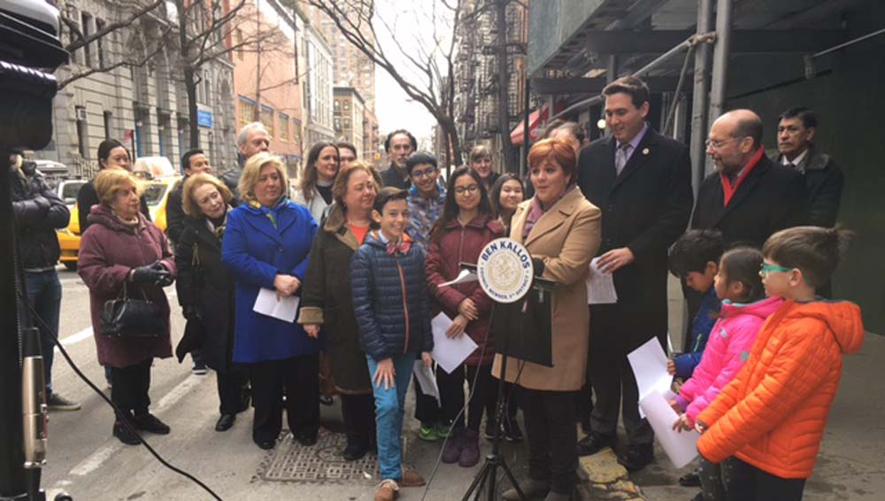 March 24, 2017 – On Friday, March 24, Assembly Member Seawright along with Council Member Ben Kallos, Senator Liz Krueger, Community Board 8 Members, Christine Quinn of Women in Need (WIN), community faith leaders, and principles, parents, and students from East Side Middle School welcomed the supportive housing residence to the Upper East Side.<br />Senator Liz Krueger and Manhattan Borough President Gale Brewer launched the Eastside Taskforce for Homeless Outreach and Services (ETHOS) to connect city agencies with non-profits and faith-based institutions providing direct services to the homeless and to build new supportive housing on the Upper East Side.<br />When construction is completed in 2018, property owners RiverOak and Azimuth Development will lease 17 units to Women in Need, a non-profit that offers shelter and support to homeless women and children in addition to organizing comprehensive programs and services that enable struggling families to succeed.<br />
