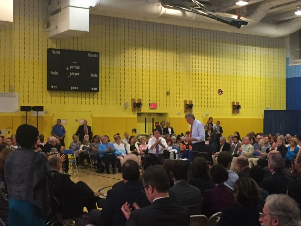 "On Tuesday, September 26, Assembly Member Seawright attended a town hall with Mayor de Blasio at the High School of Art and Design. She addressed the crowd and heard constituents concerns in the neighborhood.<br /><strong>New York </strong>–<strong> </strong>As part of City Hall in your Borough week in Manhattan, Mayor Bill de Blasio today announced that the formal design process for a new section of the Manhattan Waterfront Greenway between East 61<sup>st</sup> Street and East 53<sup>rd</sup> Street will officially kick off next week. The Mayor was joined by local officials to tour a portion of the existing Greenway and discussing plans for its expansion. Construction of the new segment will commence in 2019, with completion expected in 2022.<br />""The Manhattan Greenway stands out as open space that connects communities to one another and also to New York's expansive and beautiful waterfront. Closing this gap will vastly improve quality of life for New Yorkers, and for East Siders who've advocated for decades to get this done,"" said <strong>Mayor Bill de Blasio</strong>.  <br />""I applaud Mayor Bill de Blasio for his leadership on this crucial investment in our East Side waterfront. With this funding, our neighbors will be able to enjoy a new section of the East River Esplanade, a true gem of our community. I am proud to have allocated $500,000 for the renovation of the portion of the esplanade in my district on the Upper East Side. I will continue to work with community leaders, neighbors and elected officials towards an esplanade that we can all be proud of, because parks and open green spaces are not a luxury, but a necessity,"" <strong>said Assembly Member Rebecca Seawright.</strong><br /><br /><br /><br />"