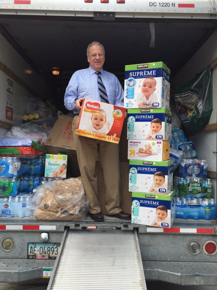 Assemblyman Jeff Dinowitz drops off supplies that were collected and sent to Puerto Rico to help residents after Hurricane Maria.