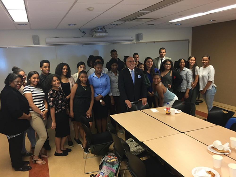 Assemblyman Michael Benedetto meets with students of Mercy College to discuss college accessibility, college courses, financial aid and student assistance as well as the importance of furthering educa