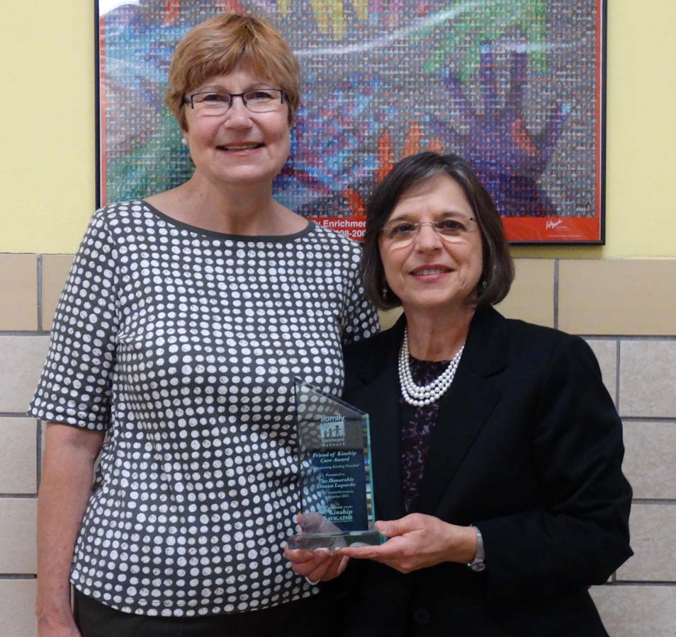 September 29, 2015 – Deb Faulks, Family Support Services Director for the Family Enrichment Network, presents Assemblywoman Lupardo with the Friend of Kinship Care Award.