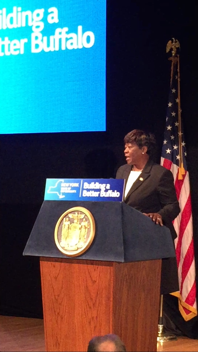 April 06, 2016 – Assemblywoman Peoples-Stokes highlights transportation projects included in the state budget. These projects will transform travel, better connect local communities, and improve road