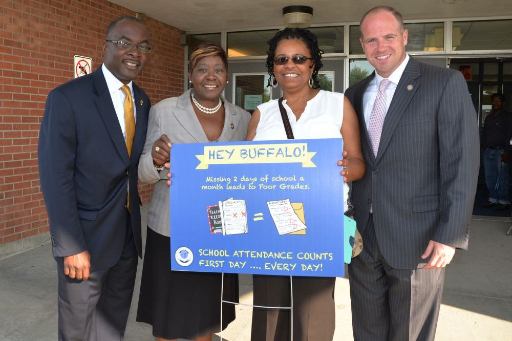 September 02, 2016 – Assemblywoman Peoples-Stokes stands with Buffalo Mayor Byron Brown, School Board Member Dr. Theresa Harris-Tigg, and State Senator Tim Kennedy in support of school attendance.